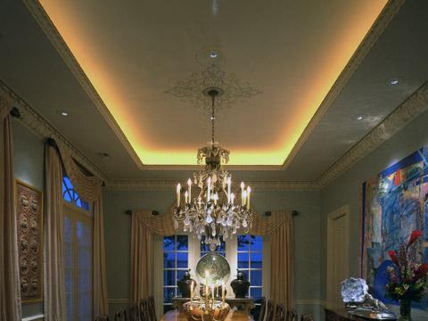 Ceiling cove lighting for Living room uplighting